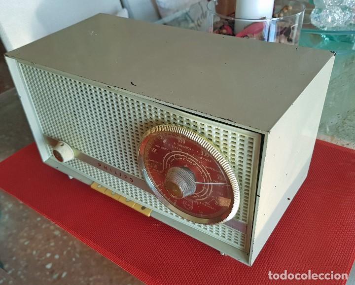 Radios de válvulas: ANTIGUA RADIO DE VALVULAS PHILIPS ( FUNCIONANDO) - Foto 6 - 102074027