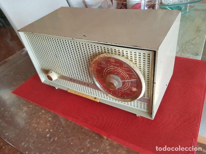 Radios de válvulas: ANTIGUA RADIO DE VALVULAS PHILIPS ( FUNCIONANDO) - Foto 7 - 102074027