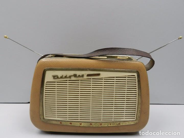 ANTIGUA RADIO MARCA GRUNDIG TEDDY BOY MUY RARO AÑOS 50-60 VINTAGE (Radios, Gramófonos, Grabadoras y Otros - Radios de Válvulas)