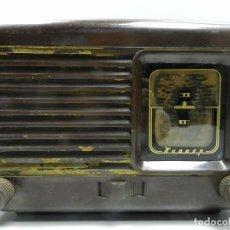 Radios de válvulas: ANTIGUA RADIO DE VÁLVULAS BAQUELITA MARCA PIONER RUSIA USSR. Lote 102401195