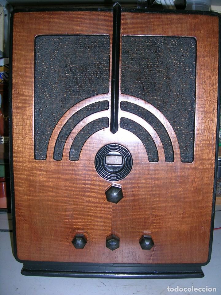RADIO AMERICANA PHILCO MOD. 60MB (Radios, Gramófonos, Grabadoras y Otros - Radios de Válvulas)