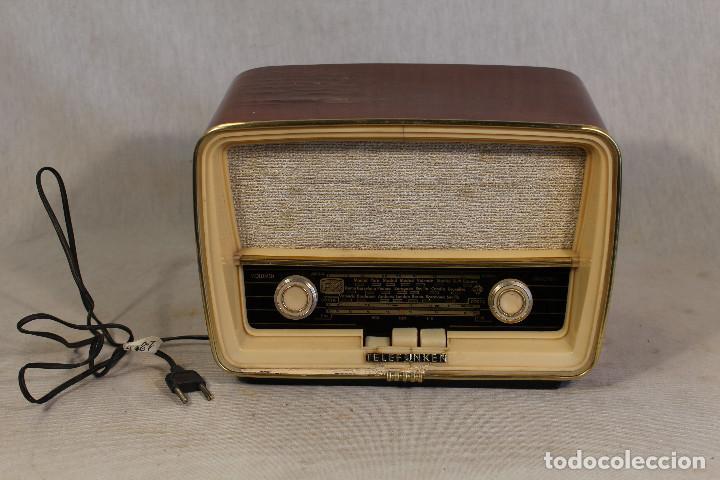 RADIO TELEFUNKEN CAPRICHO U-2025-FM. (Radios, Gramófonos, Grabadoras y Otros - Radios de Válvulas)