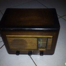Radios de válvulas: PEQUEÑA RADIO ,AÑOS 30 (ENCIENDE). Lote 104403920