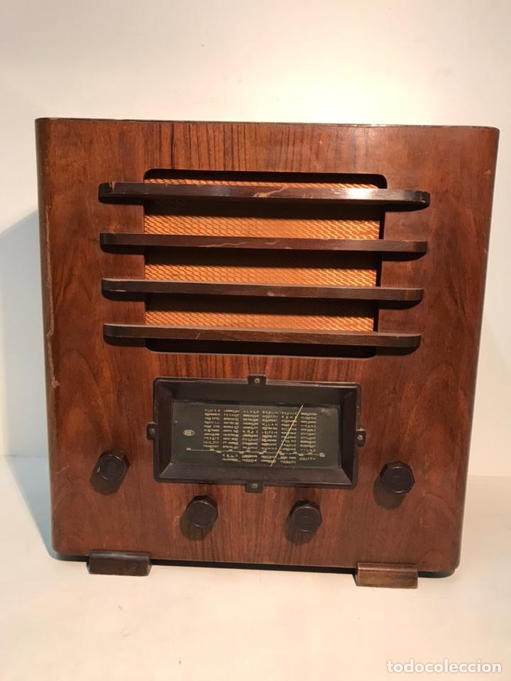 RADIO MARCA BRUNET PARA RESTAURAR. (Radios, Gramófonos, Grabadoras y Otros - Radios de Válvulas)
