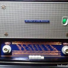 Radios de válvulas: ANTIGUA RADIO TOCADISCOS HMV, LA VOIX DE SON MAITRE (RESTAURADA), MOD 78-C. Lote 104832663
