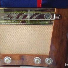 Radios de válvulas: GRAN RADIO ALEMÁN PHILIPS MOD JUPITER BD 500 A ESTADO DE LUJO FUNCIONANDO . Lote 105247975