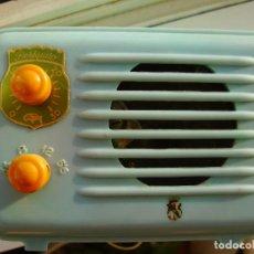 Radios de válvulas: RADIO MINIATURA PERIQUITO DE FREIXA COLOR VERDE AZULADO. RARA EN ESTE COLOR.. Lote 105578543