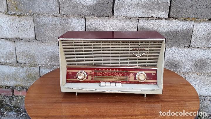 Radios de válvulas: Radio antigua de válvulas marca inter modelo haití M.A. radio de 1959 INTER modelo haití. RAREZA - Foto 2 - 173630018