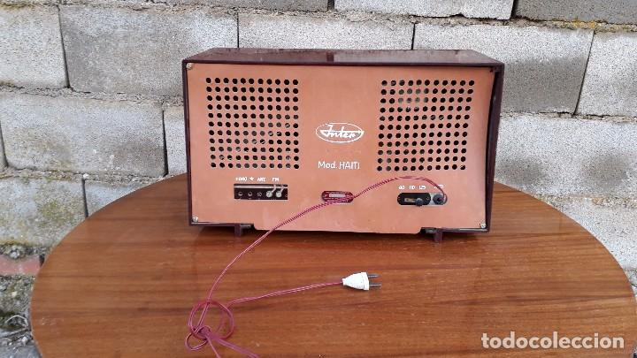 Radios de válvulas: Radio antigua de válvulas marca inter modelo haití M.A. radio de 1959 INTER modelo haití. RAREZA - Foto 4 - 173630018