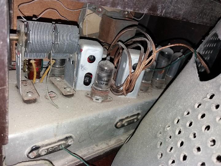Radios de válvulas: radio antigua marca zynker - Foto 7 - 102076283