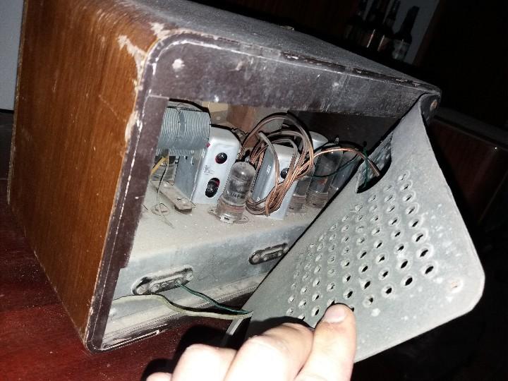 Radios de válvulas: radio antigua marca zynker - Foto 9 - 102076283