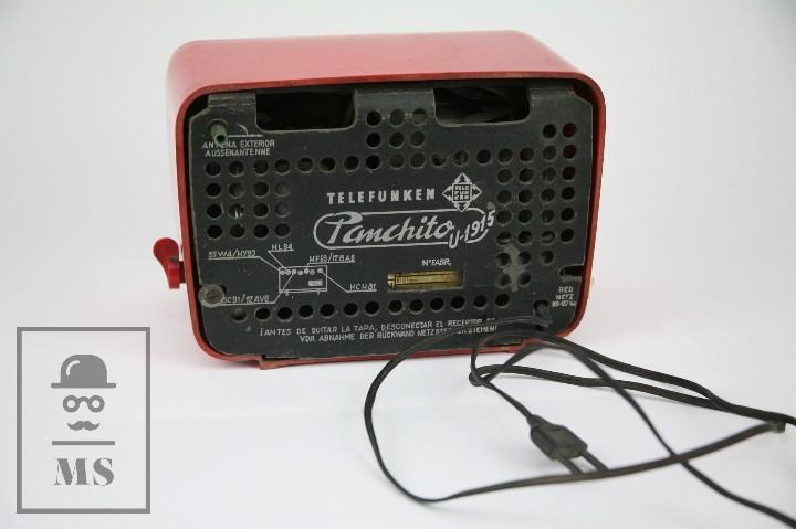 Radios de válvulas: Antigua Radio de Válvulas - Telefunken. Panchito U-1915 - Color Rojo - Años 60 - Foto 4 - 107870946