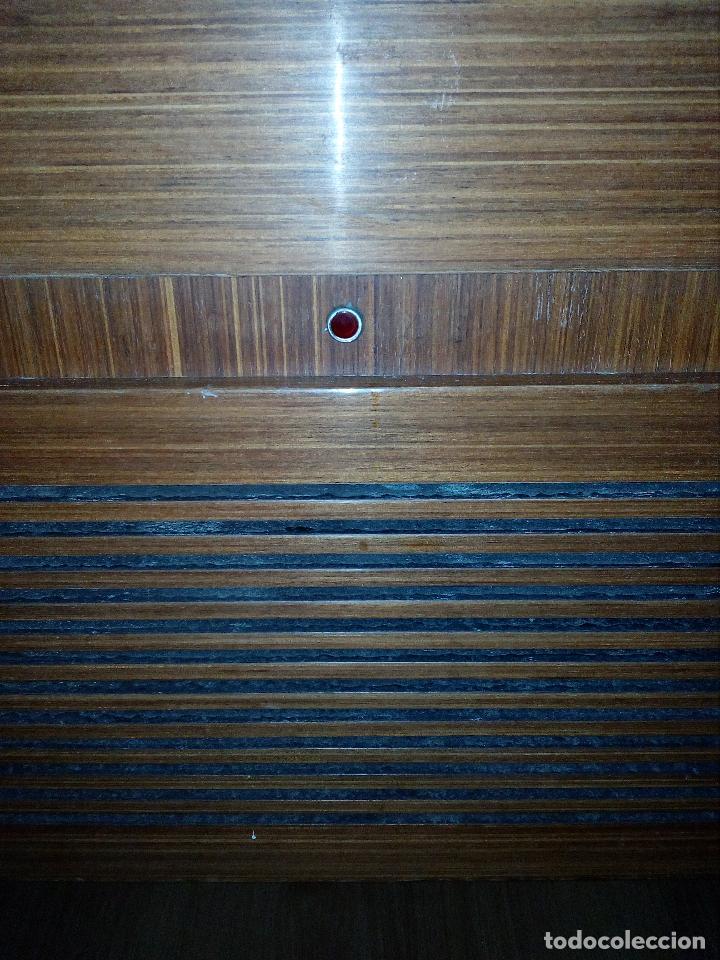 Radios de válvulas: RADIO - TOCADISCOS CON MUEBLE - SONODYNE. - Foto 4 - 107086555