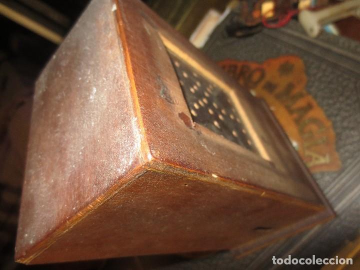 Radios de válvulas: ANTIGUA RADIO ARTESANAL ? MADERA PARA RESTAURAR - Foto 2 - 107138531