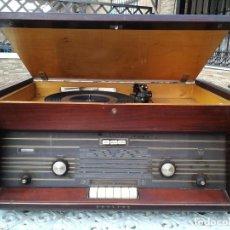 Radios de válvulas: RADIO TOCADISCOS MODELO H6E94A, PHILIPS IBERICA S.A.E. (MINIWATT); MADRID. Lote 107326347