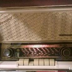 Radios de válvulas: RADIO VÁLVULAS TELEFUNKEN INTERMEZZO AÑO 57 FUNCIONANDO. Lote 108132211