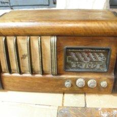 Radios de válvulas: GRAN RADIO VALVULAS. Lote 108749875