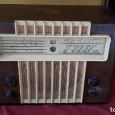 Radios de válvulas: RADIO LA VOZ DE SU AMO AÑOS 50. Lote 108885331