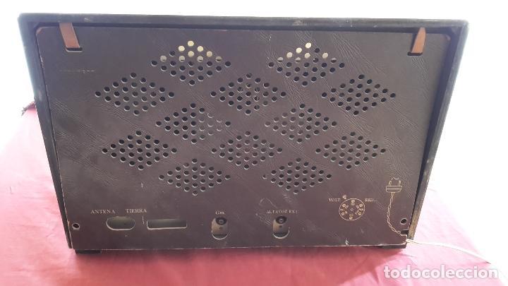 Radios de válvulas: Radio La Voz de su Amo años 50 - Foto 4 - 108885331