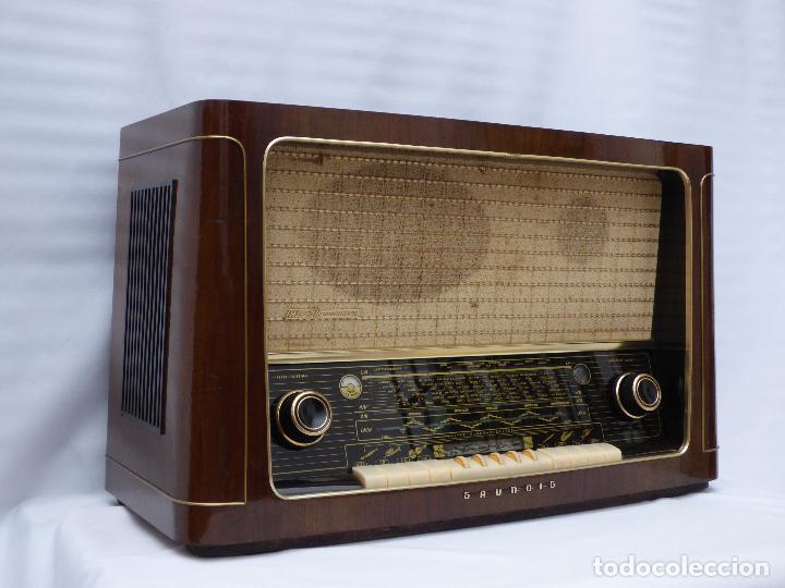 ANTIGUA RADIO DE VÁLVULAS MARCA GRUNDIG, MUY BIEN CONSERVADA, FUNCIONANDO CON BUEN SONIDO (VER VÍDEO (Radios, Gramófonos, Grabadoras y Otros - Radios de Válvulas)