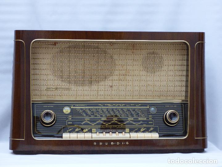 Radios de válvulas: Antigua radio de válvulas marca GRUNDIG, muy bien conservada, funcionando con buen sonido (ver vídeo - Foto 3 - 109154331