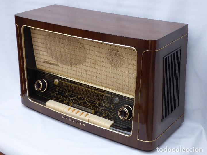 Radios de válvulas: Antigua radio de válvulas marca GRUNDIG, muy bien conservada, funcionando con buen sonido (ver vídeo - Foto 6 - 109154331