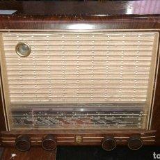 Radios de válvulas: ANTIGUO RADIO PHILIPS BX520 A. Lote 109450435