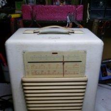 Radios de válvulas: RADIO TOCADISCOS HIS MASTER'S VOICE MOD 5323. Lote 110048843