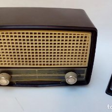 Radios de válvulas: PHILIPS DE BAQUELITA-. Lote 110189311