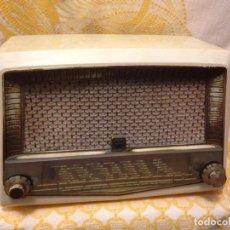 Radios de válvulas: RECEPTOR DE RADIO RADIOLA - DE LOS AÑOS 50. Lote 112311251
