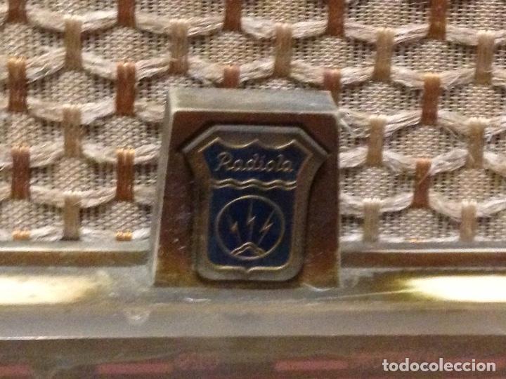 Radios de válvulas: Receptor de Radio Radiola - de los años 50 - Foto 2 - 112311251