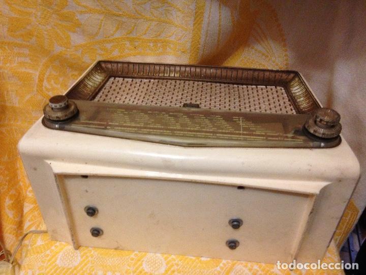 Radios de válvulas: Receptor de Radio Radiola - de los años 50 - Foto 5 - 112311251