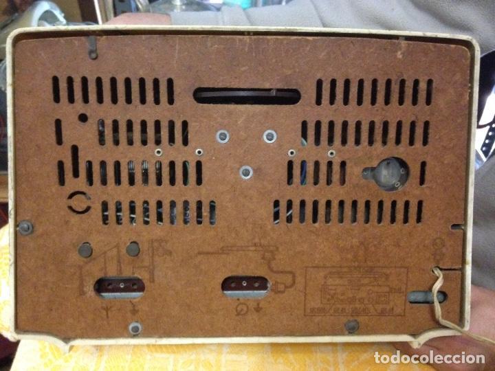 Radios de válvulas: Receptor de Radio Radiola - de los años 50 - Foto 6 - 112311251