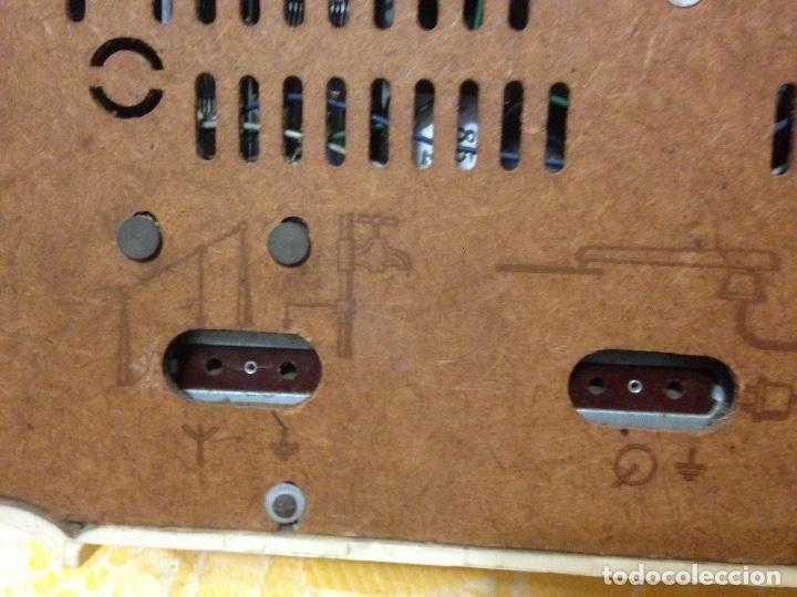 Radios de válvulas: Receptor de Radio Radiola - de los años 50 - Foto 8 - 112311251