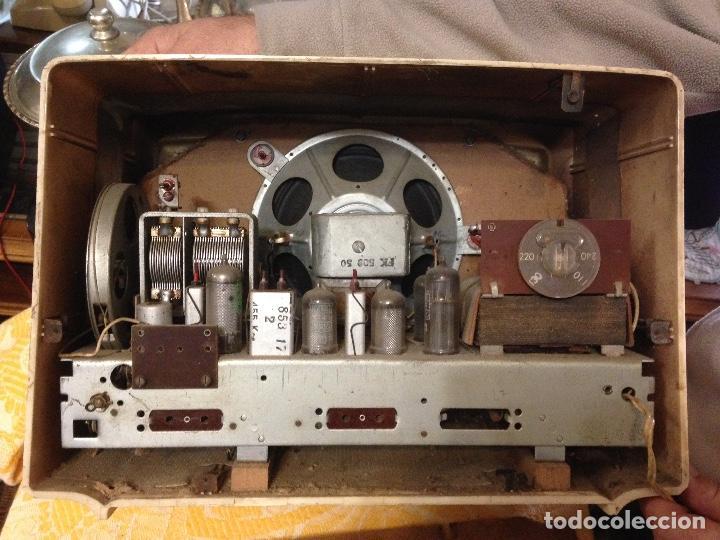 Radios de válvulas: Receptor de Radio Radiola - de los años 50 - Foto 10 - 112311251