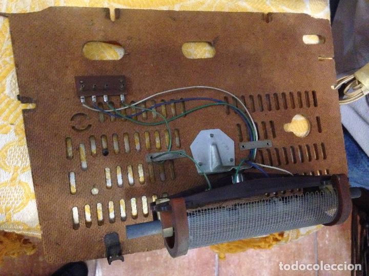 Radios de válvulas: Receptor de Radio Radiola - de los años 50 - Foto 12 - 112311251