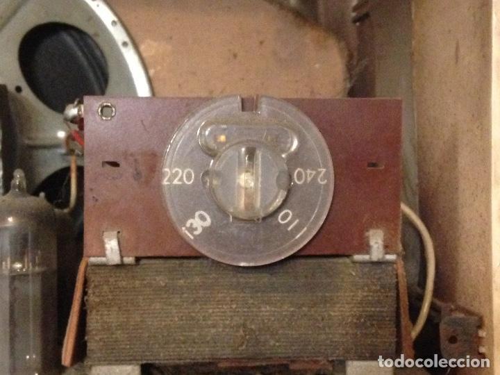 Radios de válvulas: Receptor de Radio Radiola - de los años 50 - Foto 13 - 112311251