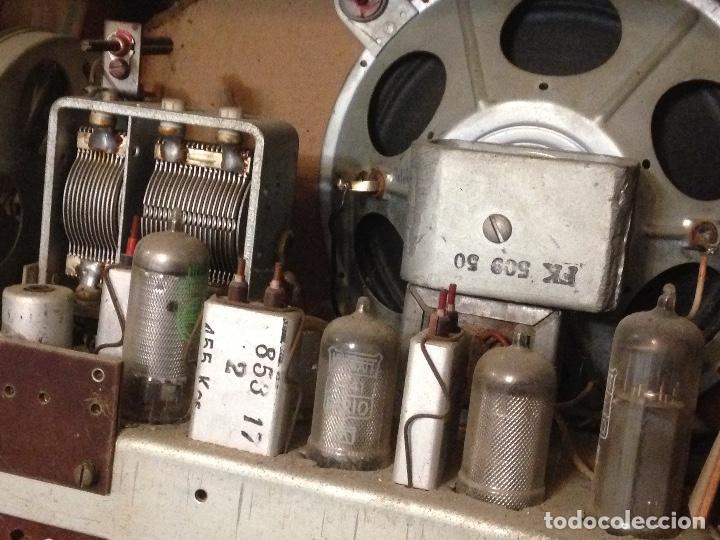 Radios de válvulas: Receptor de Radio Radiola - de los años 50 - Foto 14 - 112311251