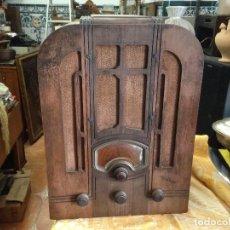 Radios de válvulas: RADIO RCA A VÁLVULAS DE LA PRIMERA MITAD DE LOS AÑOS 30. Lote 112317879
