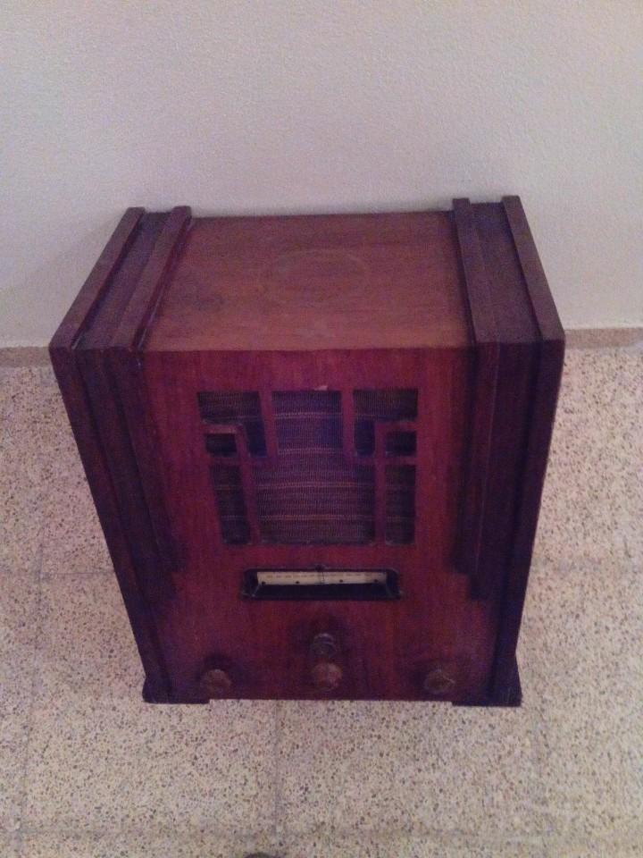Radios de válvulas: Radio antigua art decó - Foto 3 - 99723799