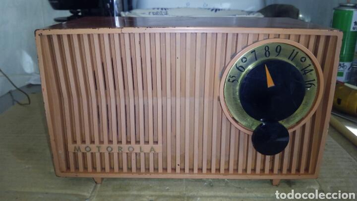 Radios de válvulas: Radio Motorola 53R, Américano,(Funcionando) - Foto 2 - 113167483