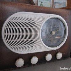 Radios de válvulas: RADIO VINTAGE MARCA VICA. Lote 113617727