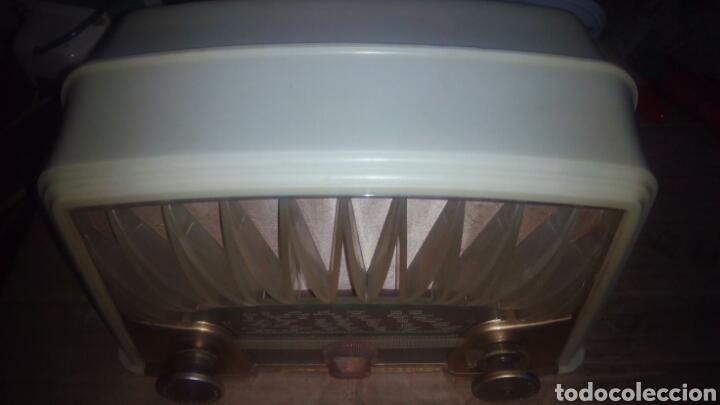 Radios de válvulas: Pequeña Radio Radiola,RA152U (Funcionando) - Foto 10 - 113863746