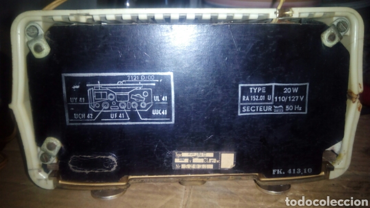 Radios de válvulas: Pequeña Radio Radiola,RA152U (Funcionando) - Foto 11 - 113863746