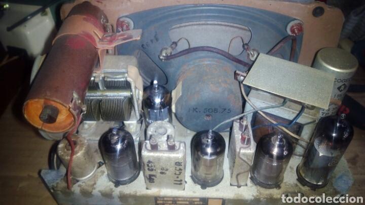Radios de válvulas: Pequeña Radio Radiola,RA152U (Funcionando) - Foto 13 - 113863746