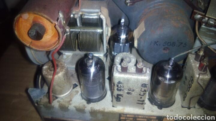Radios de válvulas: Pequeña Radio Radiola,RA152U (Funcionando) - Foto 14 - 113863746