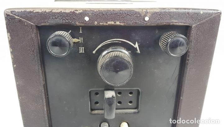 Radios de válvulas: RADIO PHILIPS MODELO 2515 A VALVULAS. PINTURA ORIGINAL. 125 V. 1928-1930. - Foto 4 - 114524211