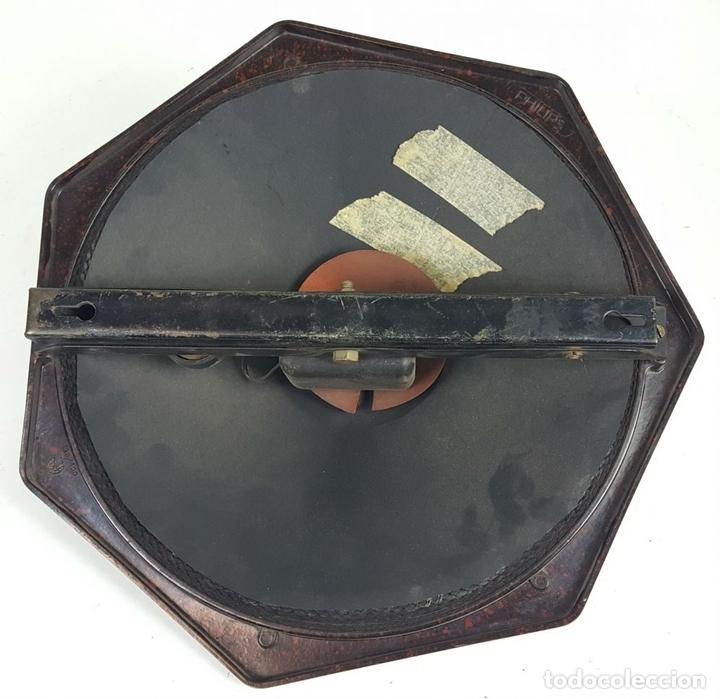 Radios de válvulas: RADIO PHILIPS MODELO 2515 A VALVULAS. PINTURA ORIGINAL. 125 V. 1928-1930. - Foto 12 - 114524211