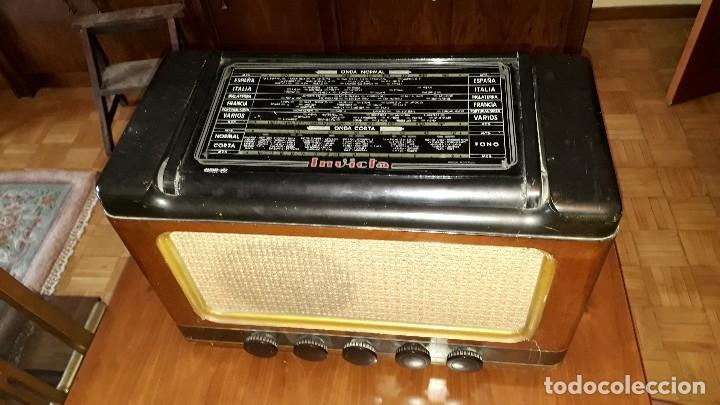 Radios de válvulas: Radio de válvulas antigua marca invicta mod. 243 - Foto 5 - 114613763