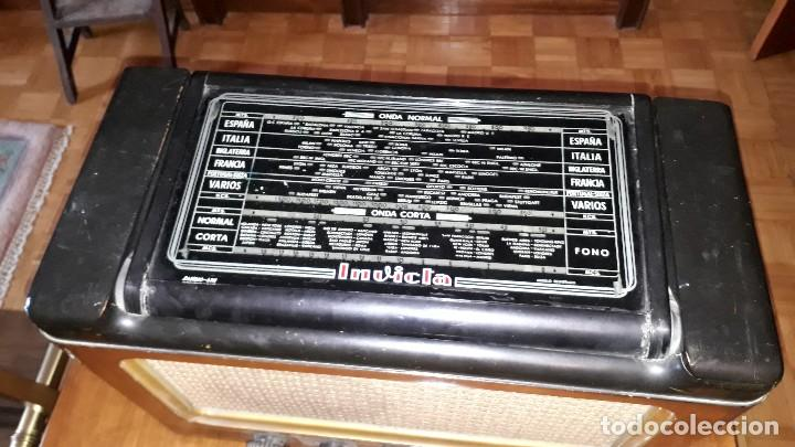 Radios de válvulas: Radio de válvulas antigua marca invicta mod. 243 - Foto 6 - 114613763